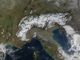 Couverture neigeuse sur les Alpes (source : visibleearth.nasa.gov)